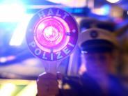 Dinkelscherben: Betrunkener Autofahrer will sich verstecken