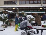 Welden: Geschenkideen, Glühwein – und Schnee