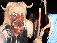 Diedorf: Mit Gebrüll und gruseligen Masken