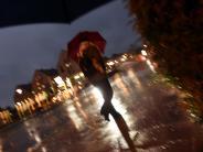 Unwetter: Erst stürmisch, dann nass