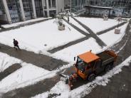 Landkreis Augsburg: Schnee erwischt viele eiskalt