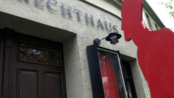 Augsburg: Hier hat Bertolt Brecht seine Spuren in Augsburg hinterlassen