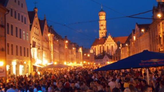 Augsburg: Kehrt das Max-Fest 2016 zurück?