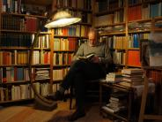 Serie(Folge 23): Er feilt an der Weltliteratur