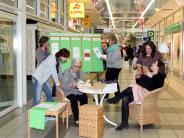 Augsburg: Wohnzimmer schafft Kontakte im Schwabencenter