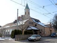 Prozess in Augsburg: Pärchen hat Sex vor Kirche, Rentner ruft Polizei
