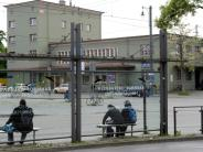 """Augsburg: """"Schandfleck"""" - Süchtige am Bahnhof Oberhausen sorgen für Streit"""