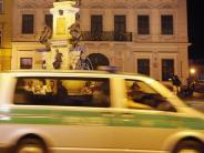 Augsburg: Rund 300 Besiktas-Fans feiern in der Innenstadt