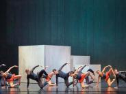 Theater: Die Zeichen stehen auf Abschied