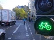 Augsburg: Warum an der Gögginger Brücke jetzt eine Fahrradampel ist