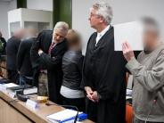 """Prozess gegen Augsburger: Oldschool Society: """"Gurkentruppe"""" oder gefährliche Terroristen?"""