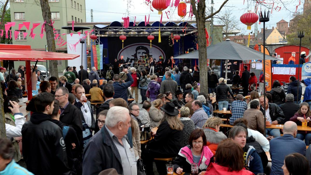 Wochenend Tipps Augsburg Feiert Lange Nacht Der Freiheit Und Sommer Am Kiez
