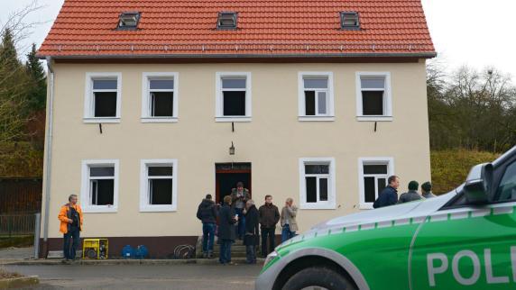 Mittelfranken: Das Rätsel um brennende Flüchtlingsheime