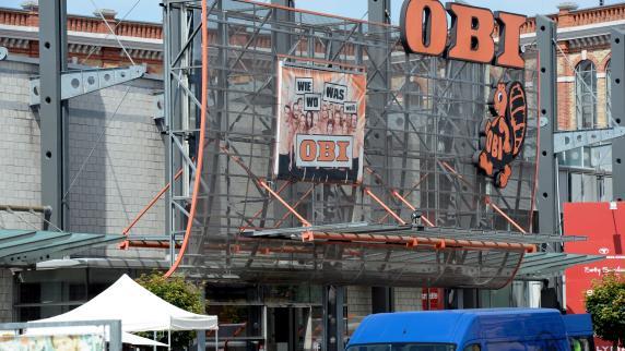 augsburg mitarbeiter zittern um jobs firmenpolitik von obi ist zumutung lokales augsburg. Black Bedroom Furniture Sets. Home Design Ideas