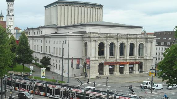 Kommentar: Warum die Wanderjahre eine Chance für das Theater Augsburg sind