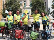 Neuburg: Mutmacher unterwegs auf Rädern