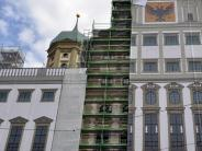 Baustelle: Das Augsburger Rathaus lässt die Hüllen fallen