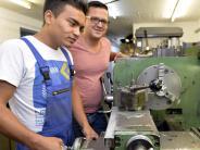 Augsburg: Wie Flüchtlinge im Arbeitsleben ankommen