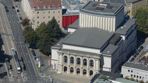 Kommentar: Was die Stadt bei den Theater-Spielstätten falsch machte
