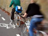 Kreis Dillingen: Zwei Männer nach brutalem Überfall auf Radfahrerin flüchtig