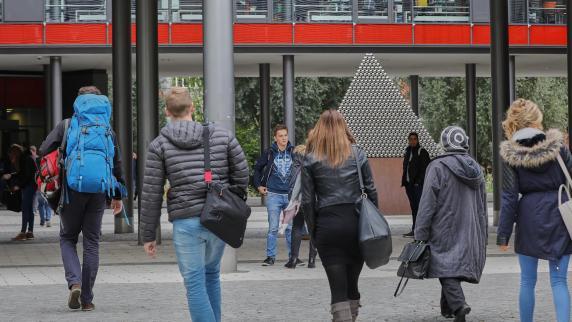 Hochschulranking: Wirtschaftsinformatik an der OTH Regensburg ist spitze!