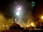 : Silvester in der Maxstraße: Raketenschüsse auf Menschen