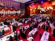 Augsburg: Gibt es 2017 doch einen Opernball?