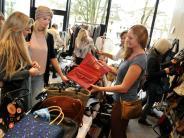 Fashion-Flohmarkt: Warum diese Handtaschen die Frauen anlockten
