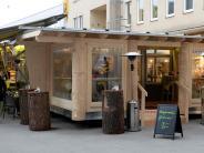 Augsburg: Ein Holzanbau sorgt auf dem Stadtmarkt für Gesprächsstoff