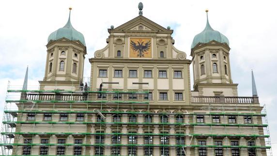 Augsburg: Fassaden-Sanierung am Rathaus wird teurer