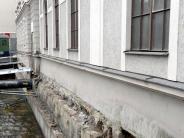 Augsburg: Einsturzgefahr: Stadt legt Graben am Stadtbad frei