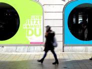 Augsburg: Ein leer stehender Laden in der Augsburger Innenstadt wirft Fragen auf