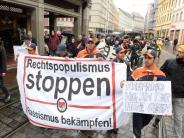 Augsburg: Augsburger demonstrieren gegen Abschiebungen