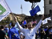 Bürger für Europa: Ein überzeugter Europäer aus Augsburg zeigt Flagge in Rom