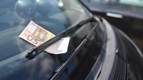 Polizei sucht weiter nach Geld-Schenker in Konstanz