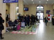 Augsburg: Bahnhofshalle ist jetzt gesperrt: Reisende müssen sich umstellen