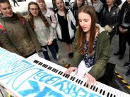 Augsburg: Musik liegt in der Luft: Zehn Klaviere warten auf Spieler
