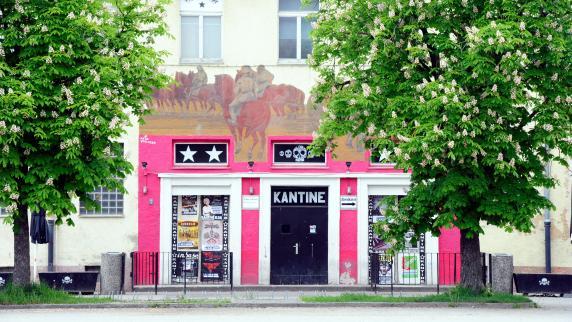 Augsburg: Die Kantine geht in den Yum-Club