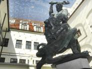 Ausstellungen: Augsburg schwingt die Jubiläumskeule