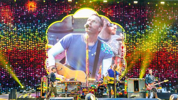 Dieser deutsche Fan stiehlt Coldplay-Sänger Chris Martin die Show