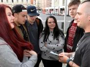 Augsburg: Streetworker im Einsatz: Wie läuft es auf dem Rathausplatz?