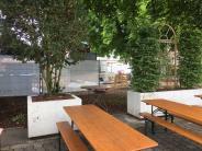 Augsburg: Kultstrand-Bauzaun ärgert Gastronom der Kälberhalle