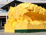 Installation: Schwamm beschädigt: Künstler kritisiert Eltern