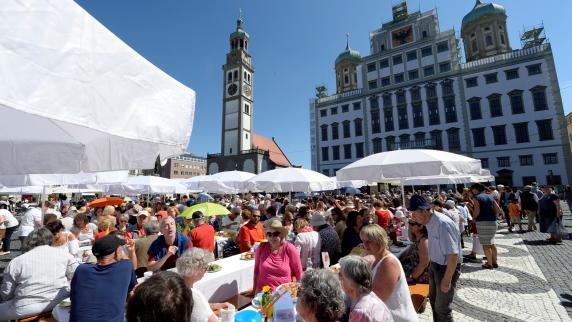 Pfarrer Martin Junge erhält den Augsburger Friedenspreis