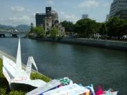 Japan: Die Kraniche von Hiroshima kommen aus derganzen Welt