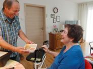 """Augsburg: Wie """"Essen auf Rädern"""" für viele Senioren Selbstständigkeit schafft"""