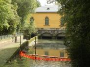 Augsburg: Öl aus Kraftwerksturbine läuft in den Eiskanal