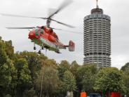 Augsburg: Der Hotelturm ist gewachsen: So schwierig waren die Flugmanöver