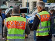 """Augsburg: Polizei zeigt sich bei """"Pegida""""-Demo von zwei Seiten"""