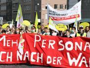 Augsburg: 400 Klinikums-Mitarbeiter fordern mehr Personal